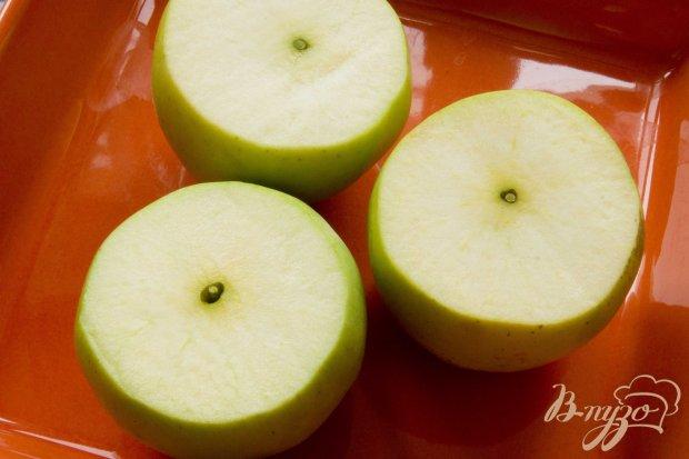 Запечёные яблочки с изюмом, вишней и фисташками