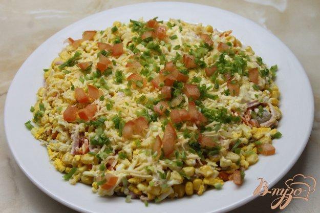 фото рецепта: Салат с маринованными белыми грибами