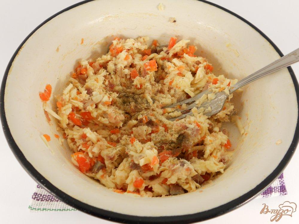 Фото приготовление рецепта: Закуска из сельди и плавленного сыра шаг №3