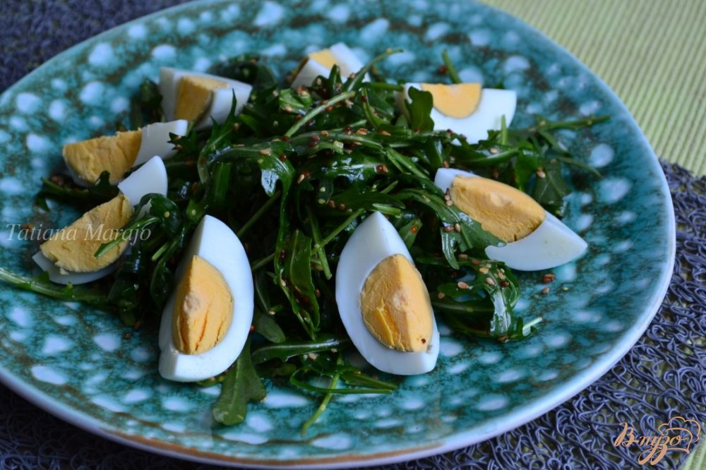 Фото приготовление рецепта: Салат с рукколой шаг №4