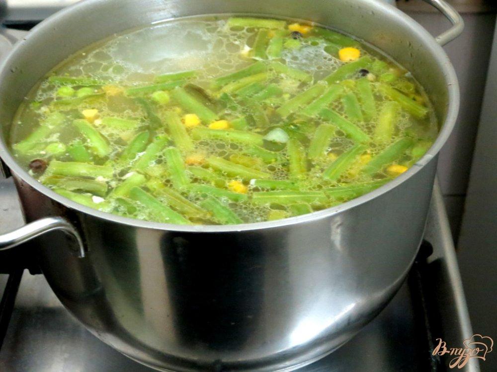 Фото приготовление рецепта: Суп овощной с кус - кусом шаг №4