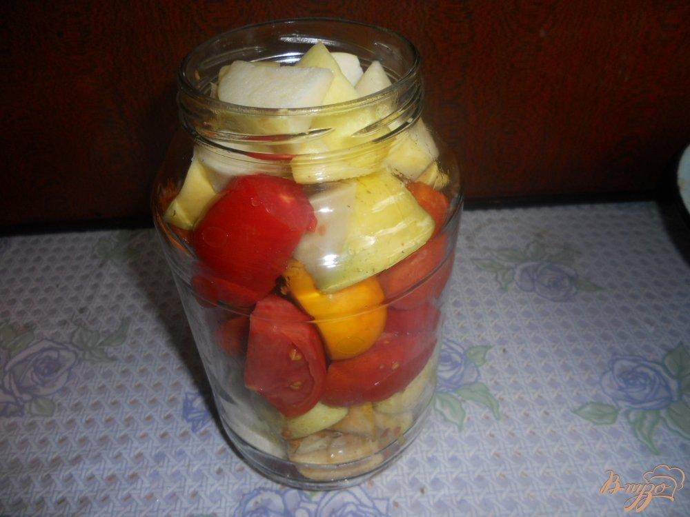 Фото приготовление рецепта: Помидоры резаные на зиму шаг №5