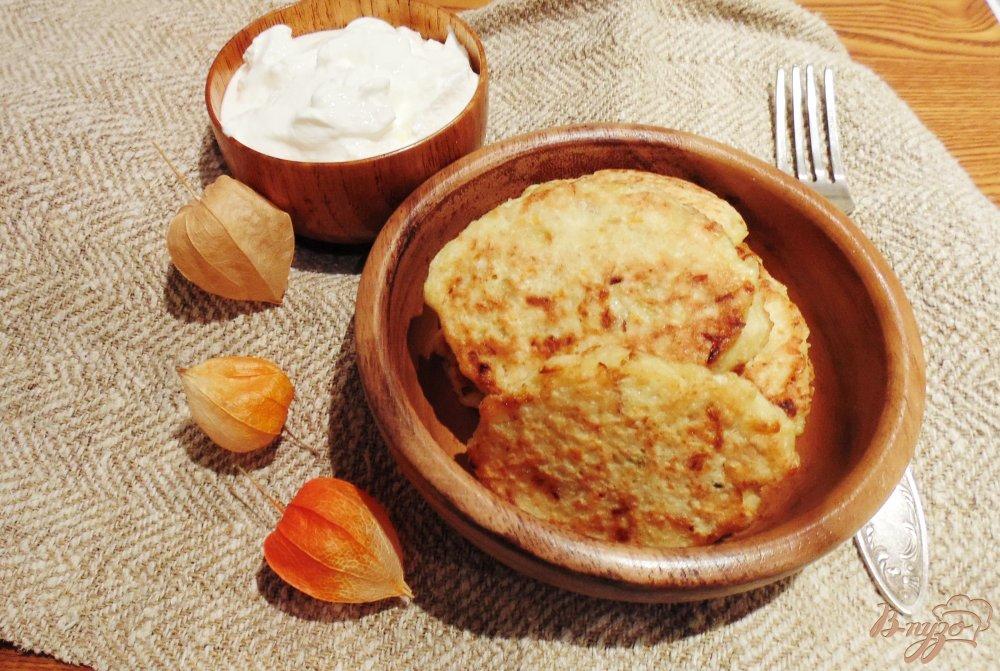 Фото приготовление рецепта: Оладьи из квашеной капусты. шаг №7