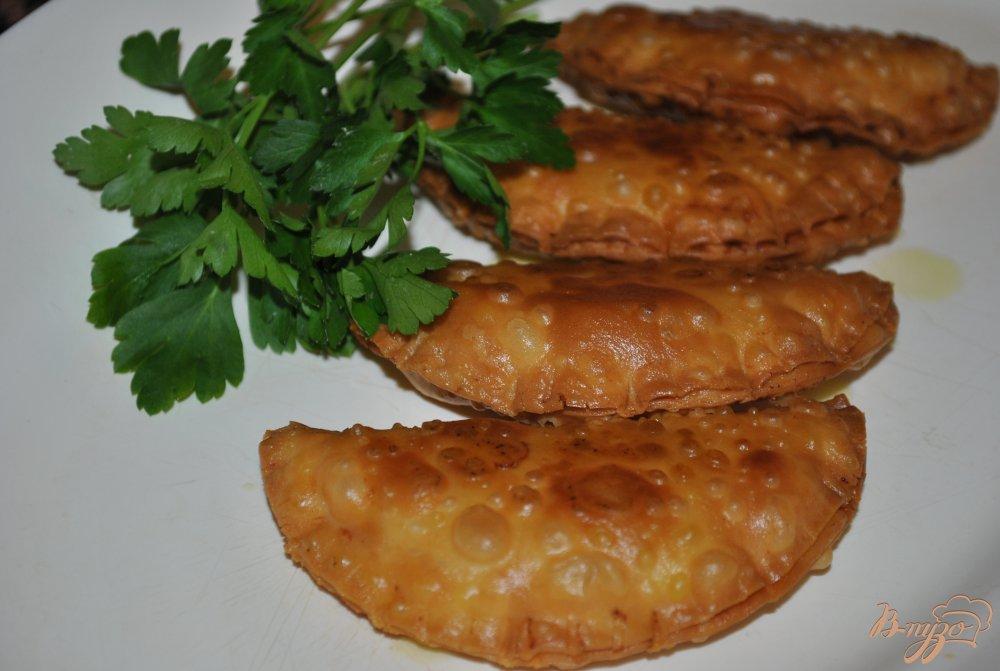 Фото приготовление рецепта: Эмпанадийас(вареники) с тунцом шаг №8