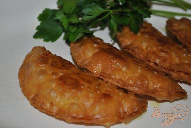 фото рецепта: Эмпанадийас(вареники) с тунцом