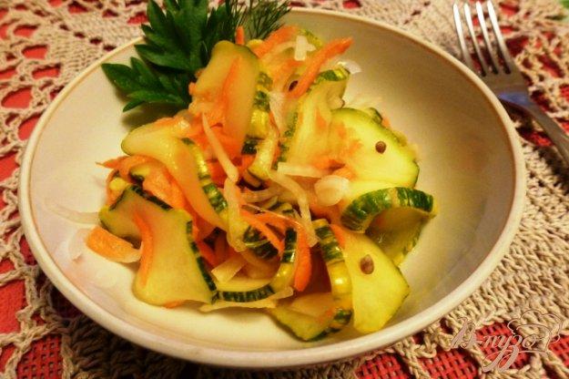фото рецепта: Маринованные кабачки с овощами