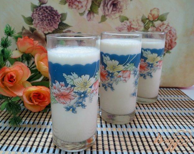 фото рецепта: Молочный коктейль с персиками