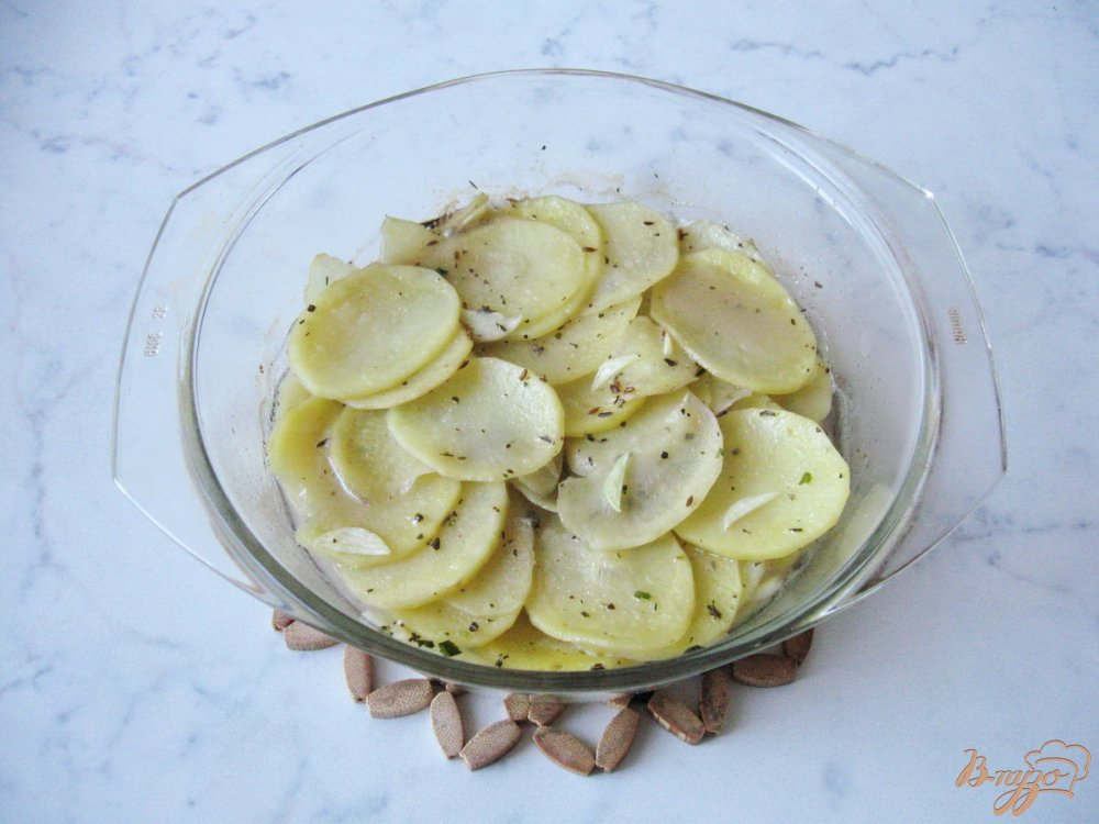 Фото приготовление рецепта: Картофель по-домашнему шаг №5