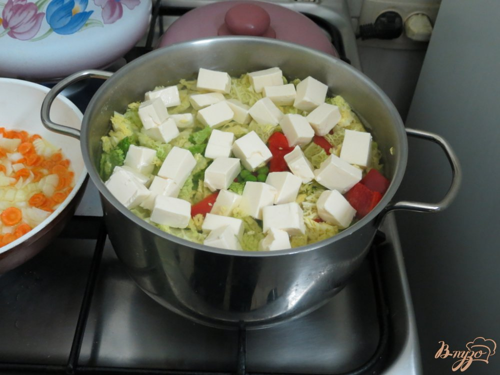 Фото приготовление рецепта: Суп с савойской капустой шаг №7