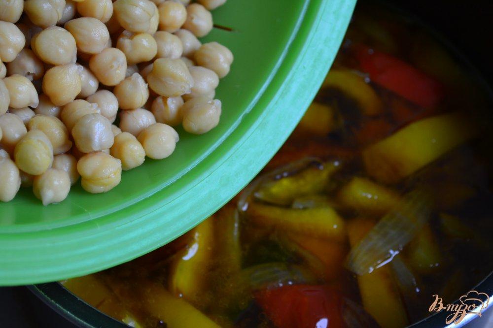 Фото приготовление рецепта: Нутовый суп пюре со сладким перцем шаг №3