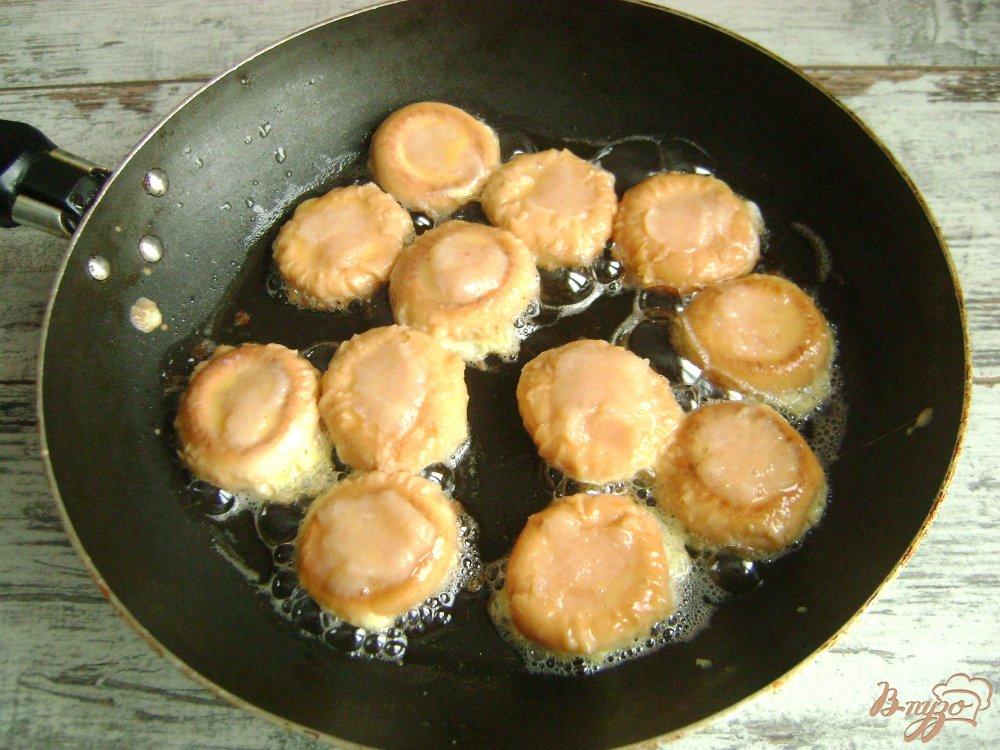 Фото приготовление рецепта: Фаршированные бублики шаг №4