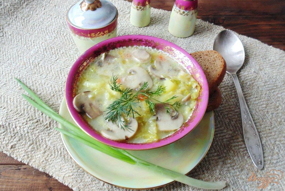 Фото приготовление рецепта: Суп из савойской капусты с грибами. шаг №8