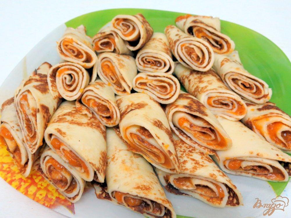 Фото приготовление рецепта: Блины с абрикосами. шаг №17