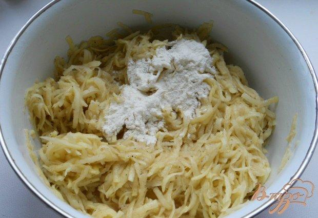 Лепешки из картофеля с курицей и сыром