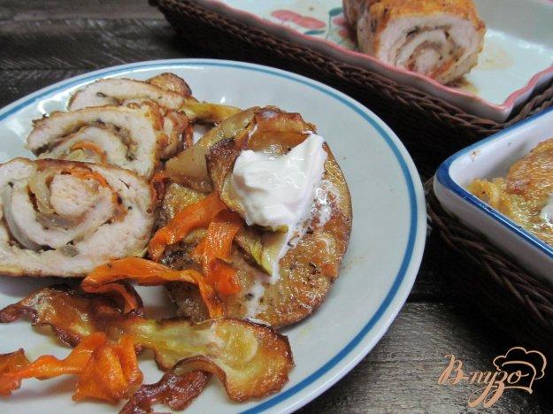 фото рецепта: Куриный рулет фаршированный овощами