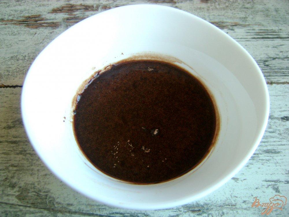 Фото приготовление рецепта: Домашние бублики с шоколадной глазурью шаг №11