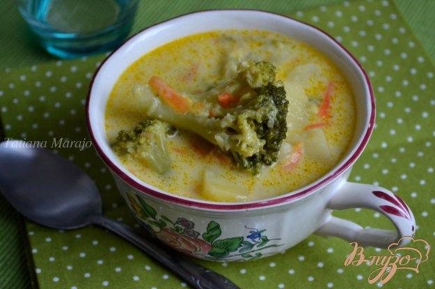 фото рецепта: Сливочный суп с капустой брокколи