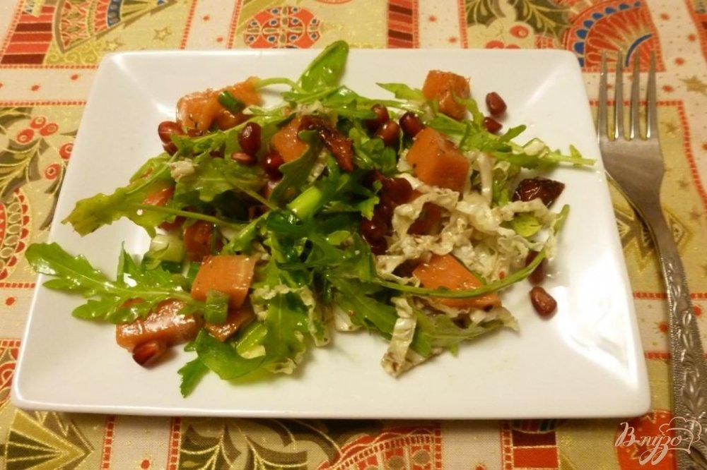Фото приготовление рецепта: Салат из тыквы и вяленых томатов с зеленью шаг №5