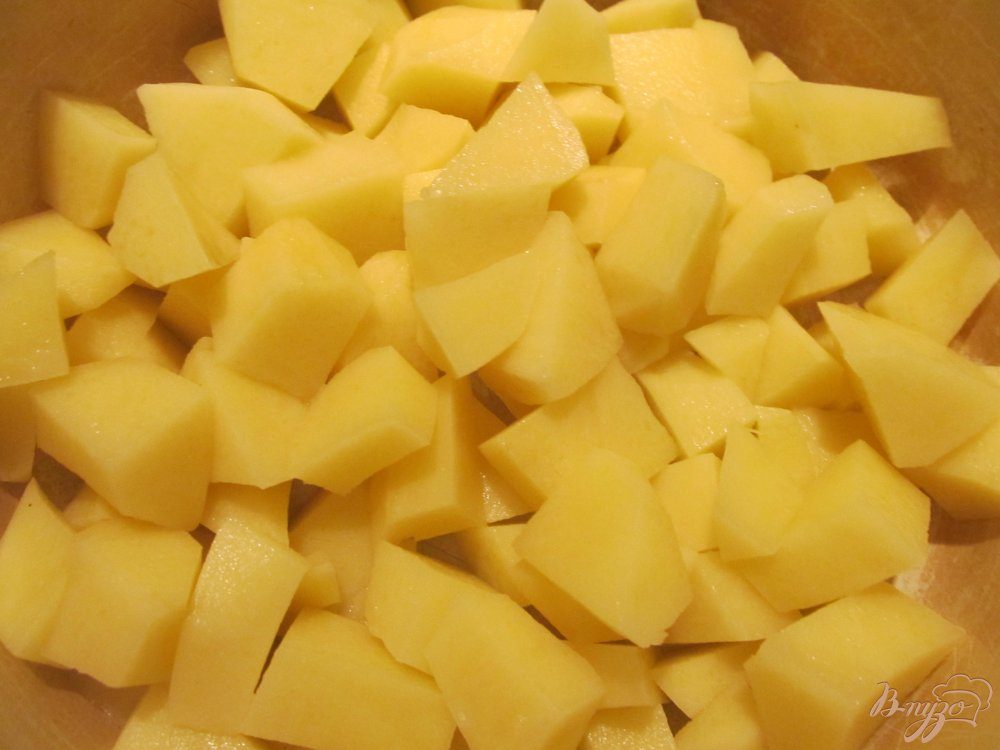 Фото приготовление рецепта: Сырный суп с грибочками шаг №5