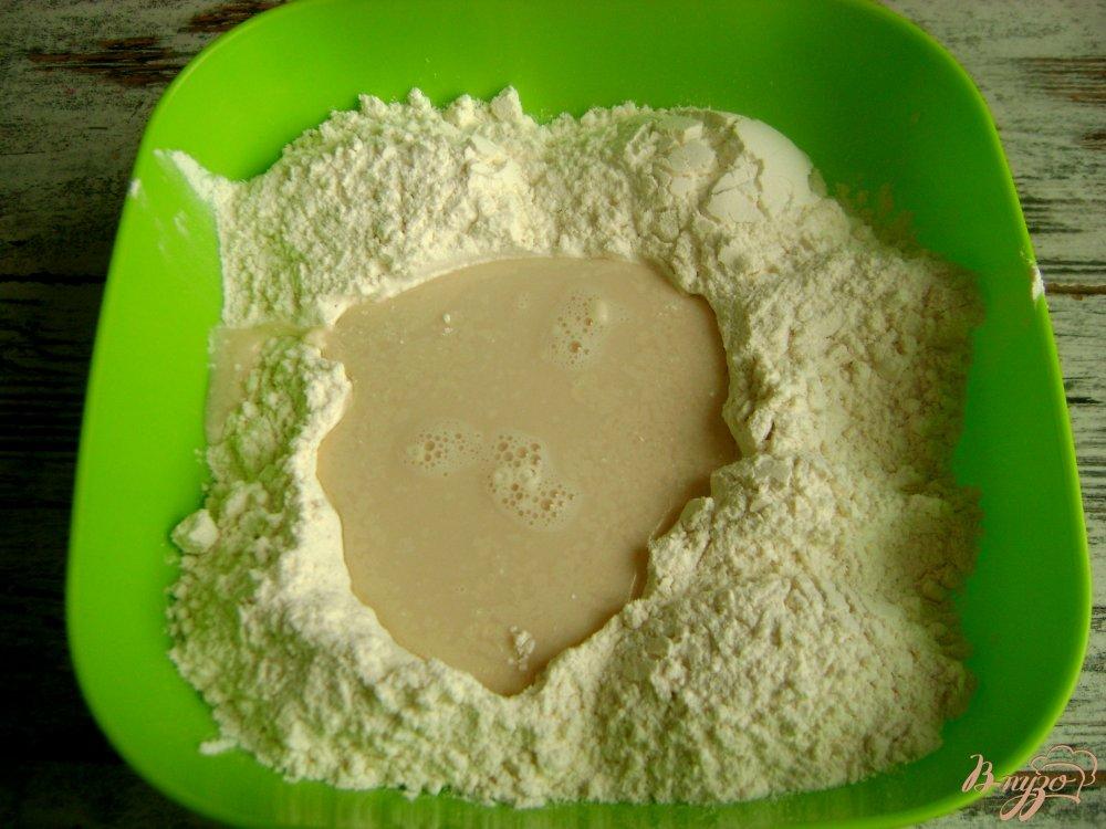 Фото приготовление рецепта: Банкетные мини-пирожки с семгой и рисом шаг №2