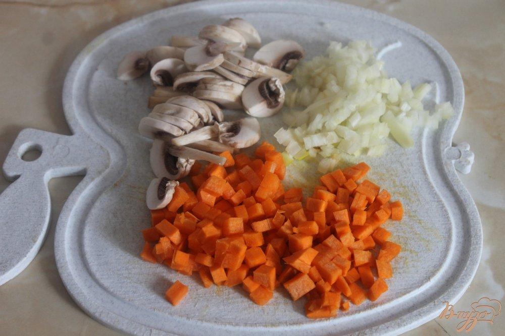 Фото приготовление рецепта: Легкий супчик с овощами шаг №3