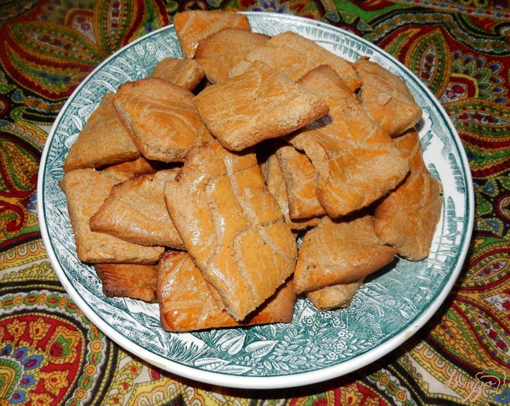Фото приготовление рецепта: Печенье из ржаной муки шаг №6