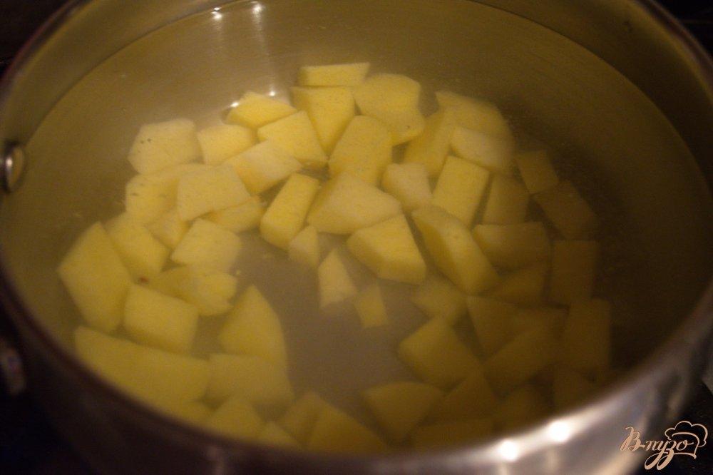 Фото приготовление рецепта: Грибной суп с орзо (ризони) шаг №2