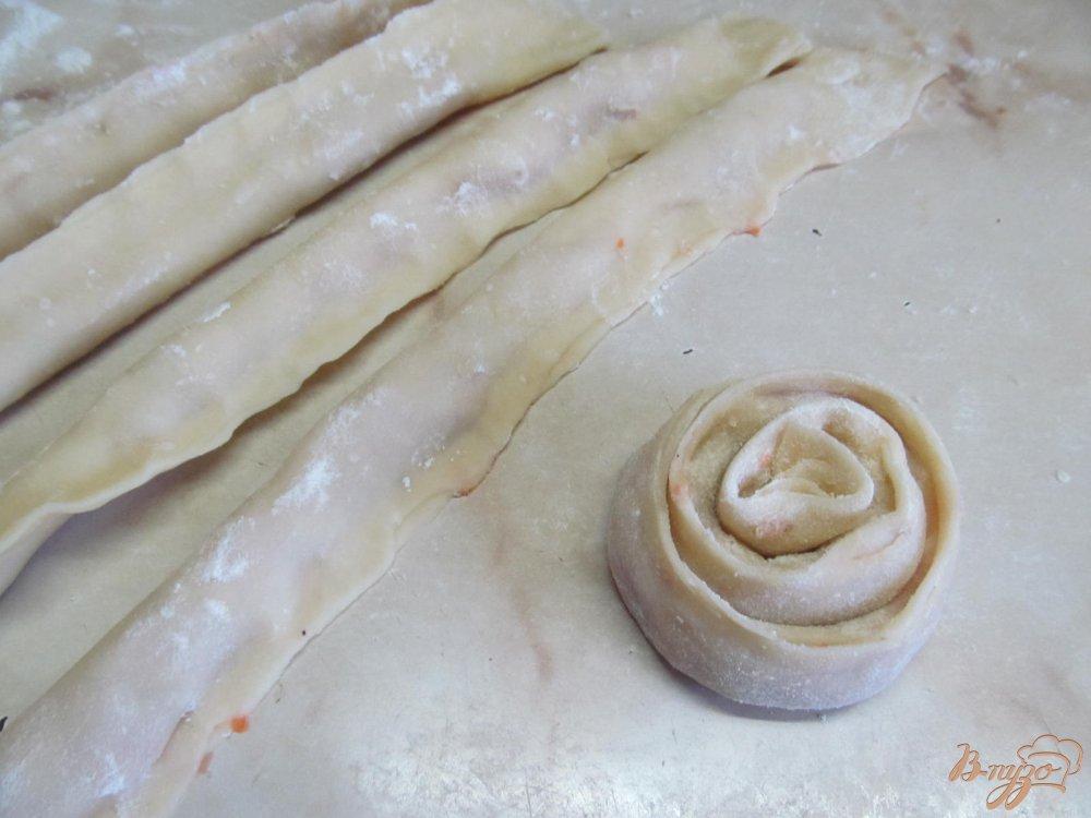 Фото приготовление рецепта: Манты Розочки на пару шаг №6