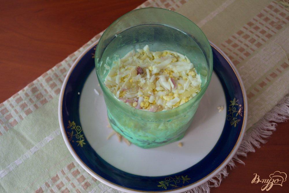 Фото приготовление рецепта: Слоеный салат с языком шаг №3