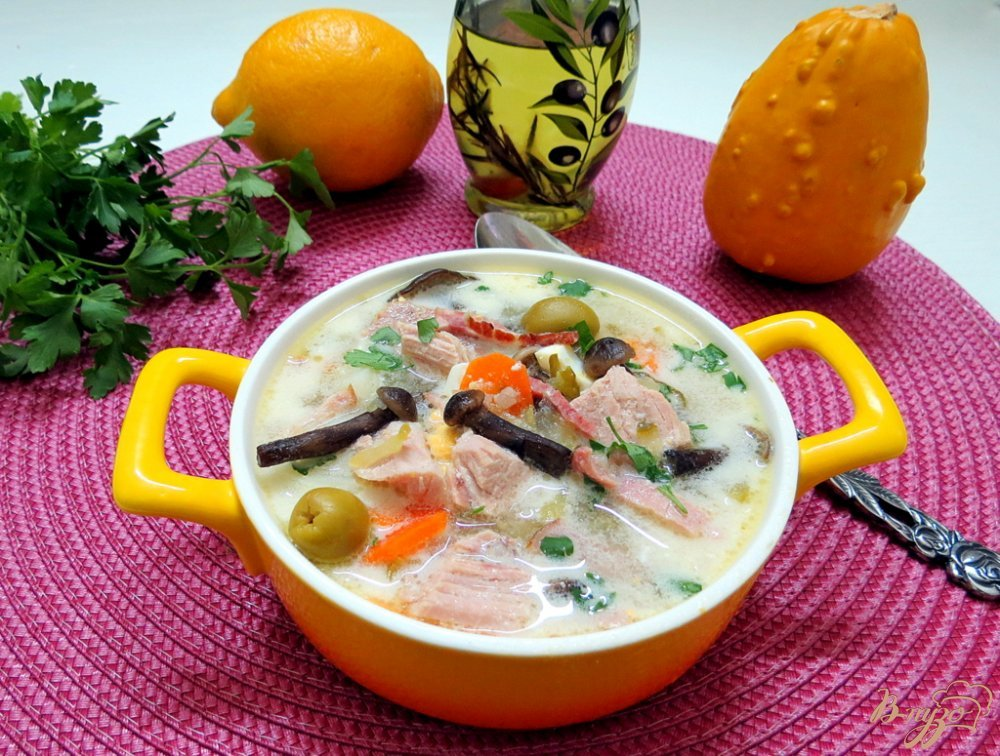 Фото приготовление рецепта: Суп огуречный  ( Zupa z ogórków) шаг №10