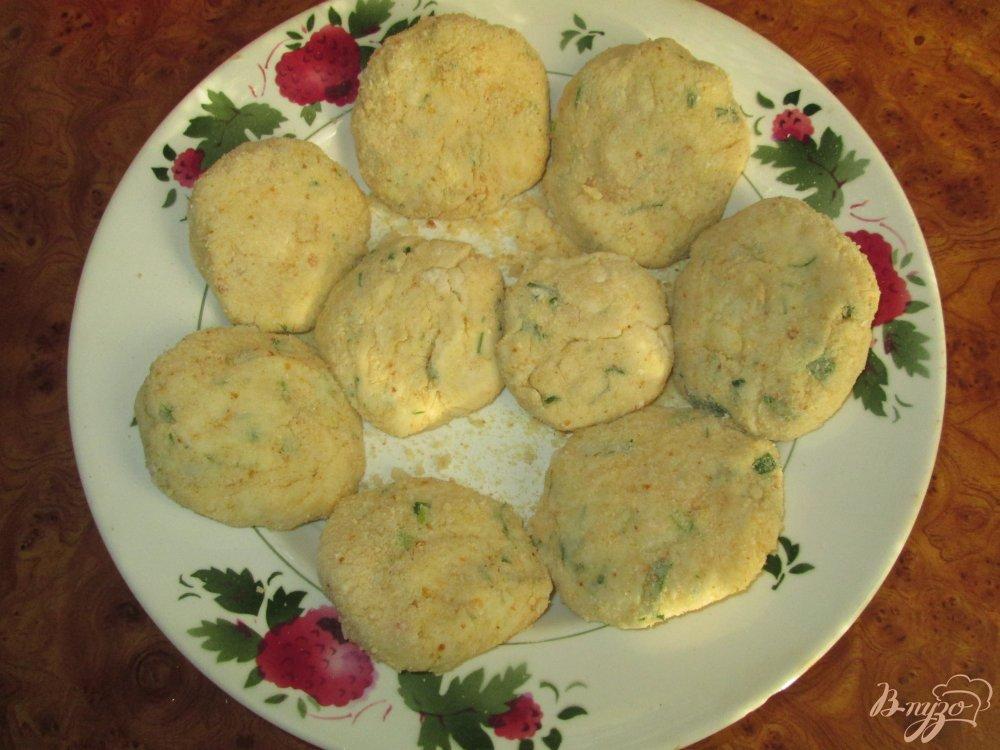 Фото приготовление рецепта: Картофельные котлеты шаг №3