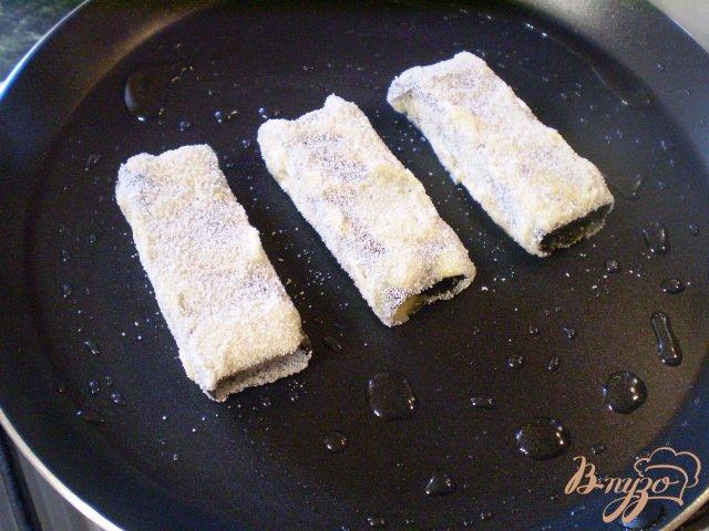 Фото приготовление рецепта: Сыр жаренный в нори шаг №5