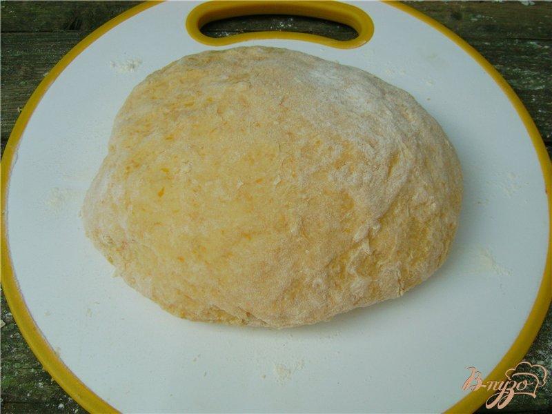 Фото приготовление рецепта: Тыквенное фигурное печенье шаг №5