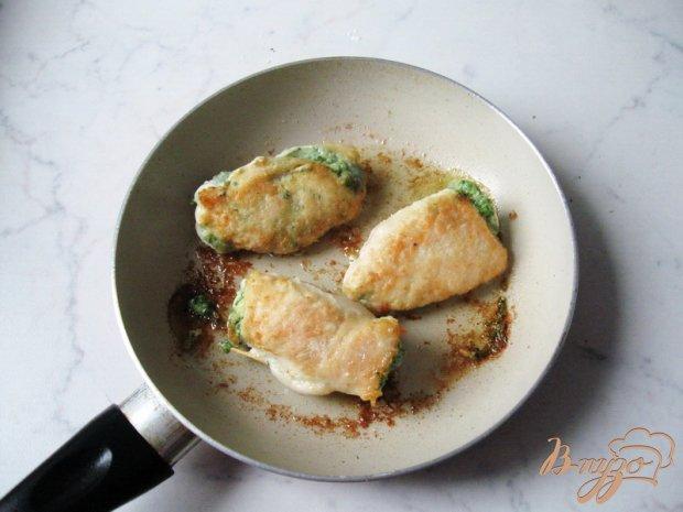Куриная грудка со шпинатом и сыром