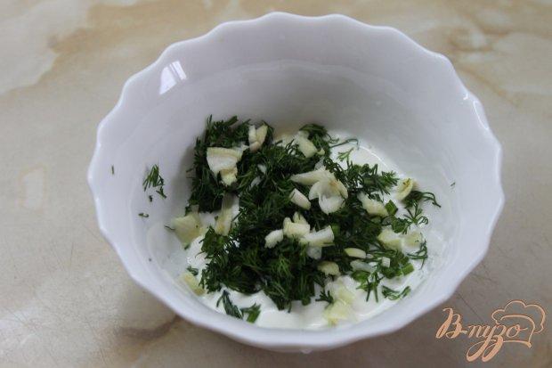 Капуста в панировке из сметанным соусом