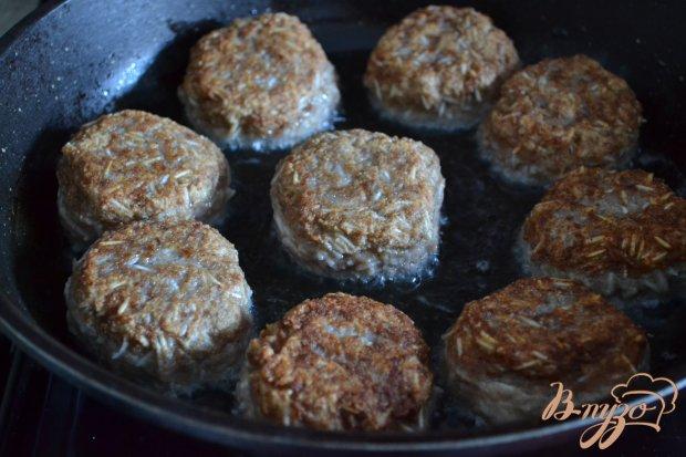 Мясные тефтели с рисом и овощами