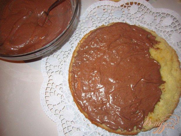 Бисквитный торт с шоколодно-масленым кремом