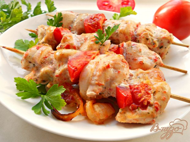 Шашлык куриный в кефирно-томатном маринаде, в духовке