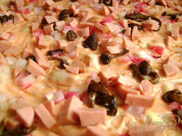 Пицца с сардельками и опятами