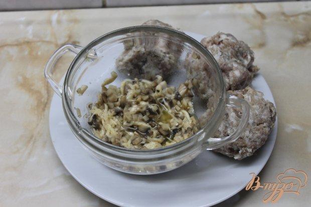 Свиные зразы с грибами и сыром