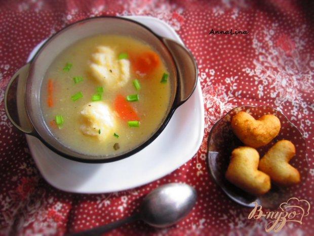 Суп с манно-сырными клецками