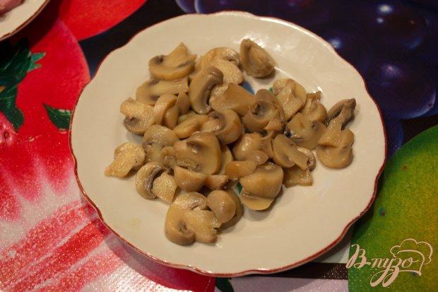 Рецепт Капустный салат с ветчиной и грибами