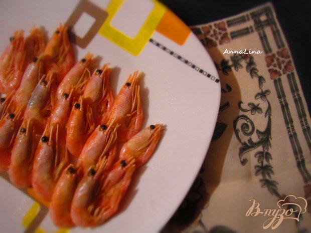 Неочищенные креветки в чесночно-сладком соусе