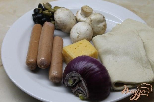 Рецепт Мини пицца с сосисками и грибами