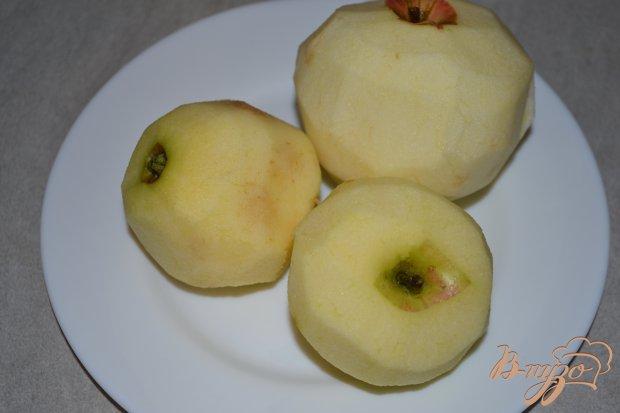 Песочный пирог с яблоками и корицей