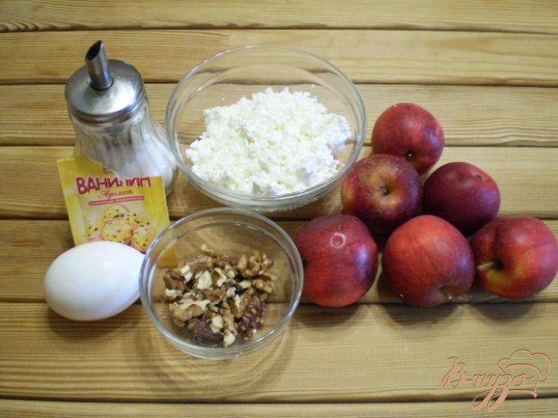 Рецепт Яблоки запеченные с творогом и орехами