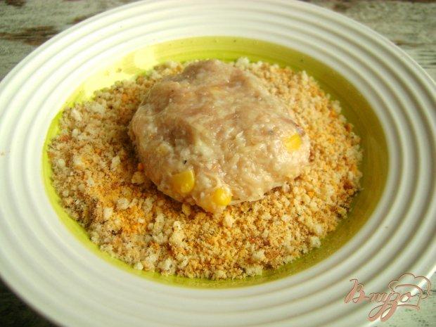 Куриные котлеты с кукурузой и сыром