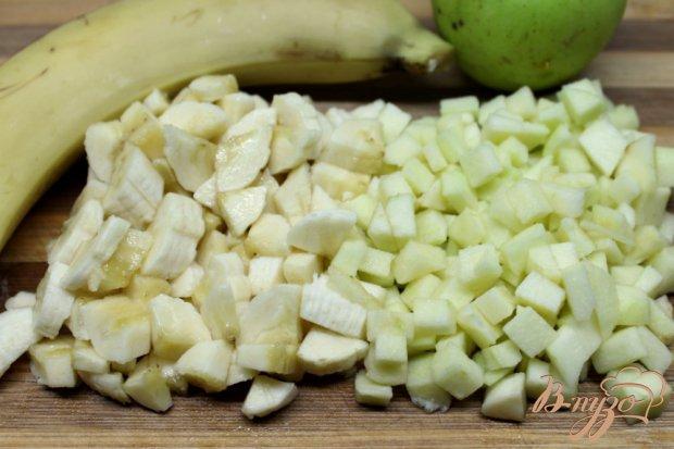 Шоколадный мусс с бананом и яблоком