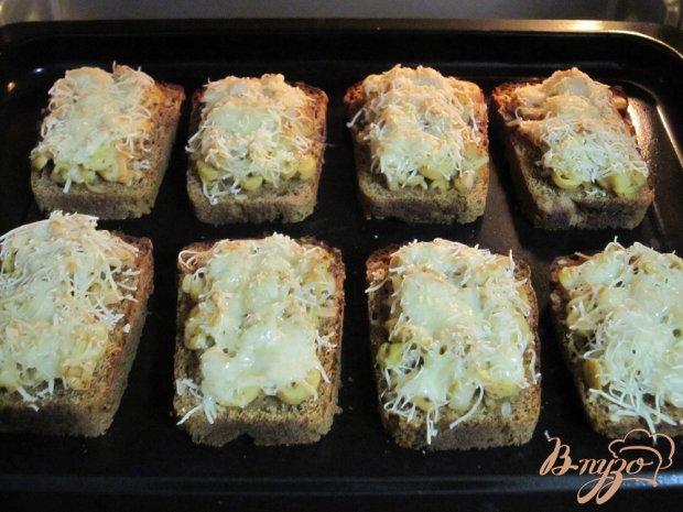 Фитнес-бутерброды с грибами в духовке