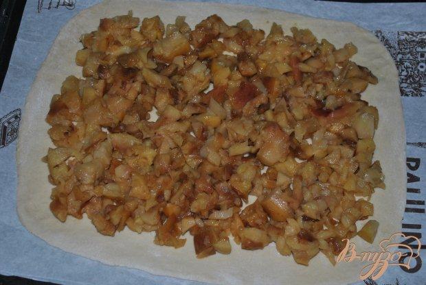Шарлотка с печеными яблоками